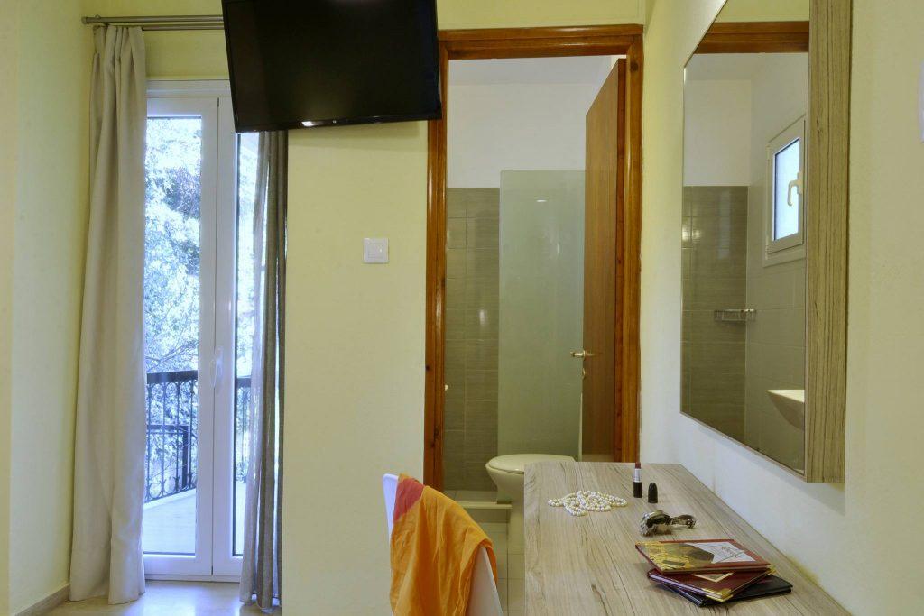 Hotel Orpheus Corfu Budget Twin Room 05
