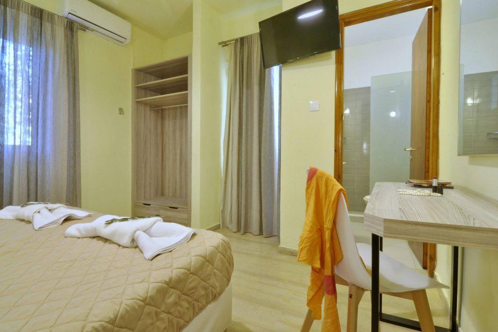 Hotel Orpheus Corfu Budget Twin Room 06