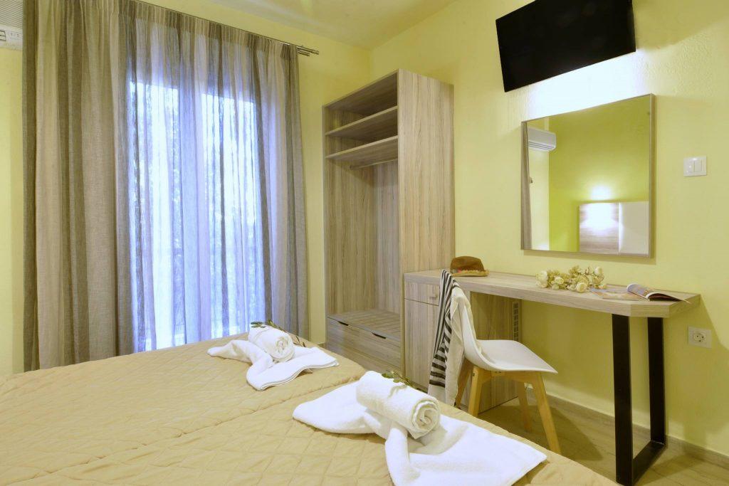 Hotel Orpheus Corfu Twin Room 02